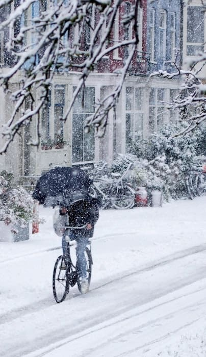 Cycling in Winter in Amsterdam | eBikeBible.com